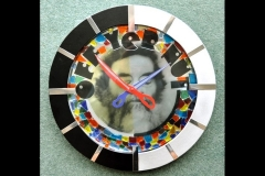 "OFF YER NUT CLOCK: 14"" CIRCLE"